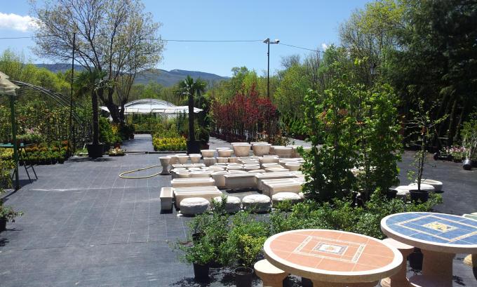 Sanmay mantenimiento jardines sierra norte jardineros podas Viveros y jardines