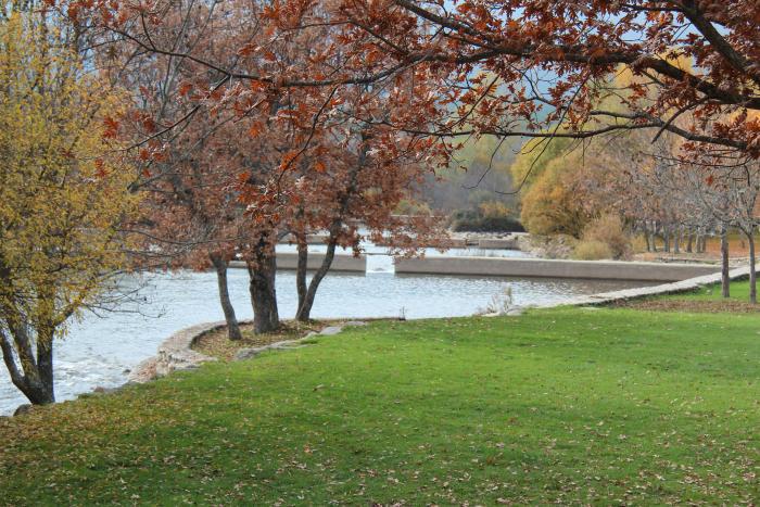Paseo a la cascada del purgatorio en rascafr a for Las presillas piscinas naturales de rascafria